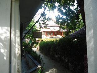 Station 3, Ambulong, Manoc manoc