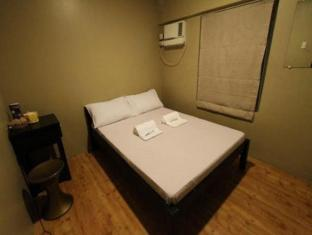Salem Domestic Guesthouse Manila - Standard with Common Bathroom