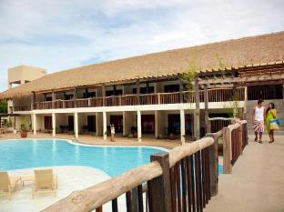 Bluewater Panglao Beach Resort Panglao Island - בריכת שחיה