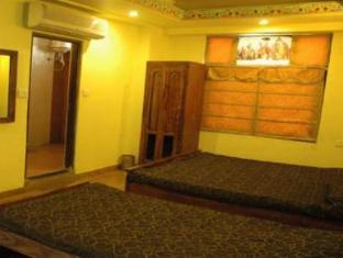 Hotel Royal Sheraton Jaipur - 3 Bedroom