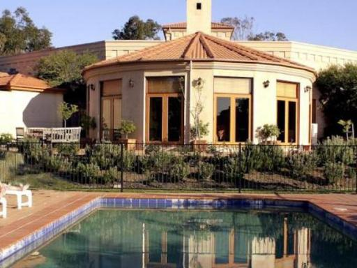 Tuscany Wine Estate Resort hotel accepts paypal in Hunter Valley