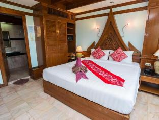 Patong Beach Bed and Breakfast Phuket - Gästrum