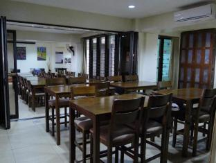 West Gorordo Hotel Cebu City - Screening Rooms