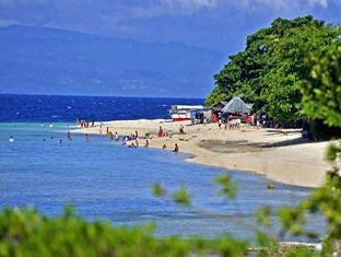 Ravenala Resort Cebu - Beach