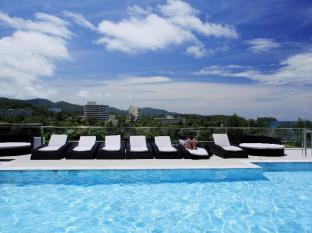 Grand Sunset Hotel Phuket - Swimming Pool