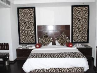 Hotel Metro Continental New Delhi and NCR - Suite Room