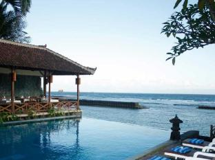 The Natia a Seaside Hotel Bali - Bể bơi