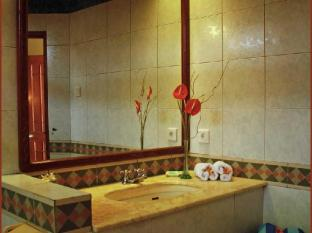 The Natia a Seaside Hotel Bali - Banyo