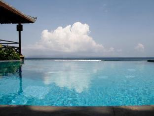 The Natia a Seaside Hotel Bali - Swimmingpool