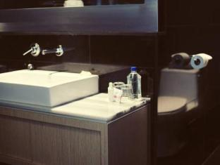 Hotel Ocho Toronto (ON) - Bathroom