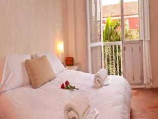 El Candil de los Santos - Optimal Hotels Selection Cartagena - Guest Room