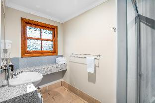 Amamoor Lodge PayPal Hotel Gympie