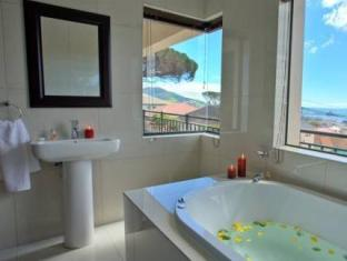 Star Holiday Apartments Cape Town - Hot Tub