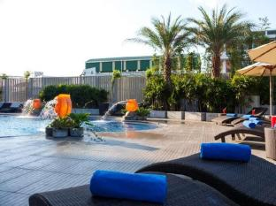 Viva Garden Serviced Residence Bangkok - Swimming Pool