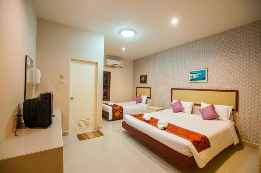Nongkhai Tavilla Hotel and Convention Center