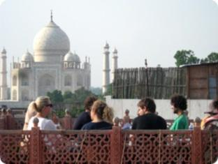 /hotel-sai-palace/hotel/agra-in.html?asq=jGXBHFvRg5Z51Emf%2fbXG4w%3d%3d