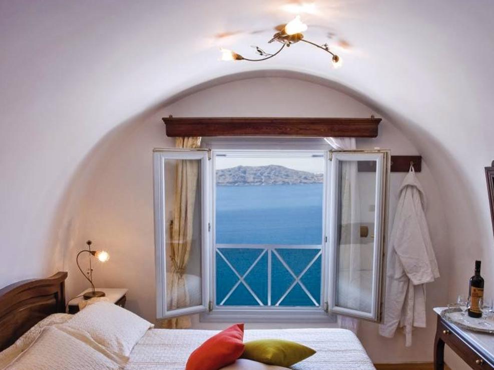 Ellinon Thea Boutique Hotel – Santorini 1
