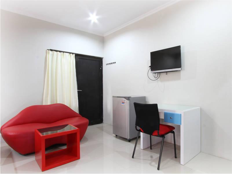 Hotel D'Paragon Bukit Sari - Room 3 - Jl. Ngesrep Timur 1 No. 178, Sumurboto, Banyumanik, Semarang, Jawa Tengah - Semarang