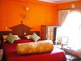 グレシア(Glacier Hotel Pokhara)