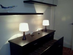 East of Galleria Condominium Manila - Working table / shelves - Loft area