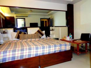 Sohi Residency New Delhi and NCR - Guest Room