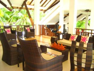 Dive Thru Scuba Resort Bohol - Lobby