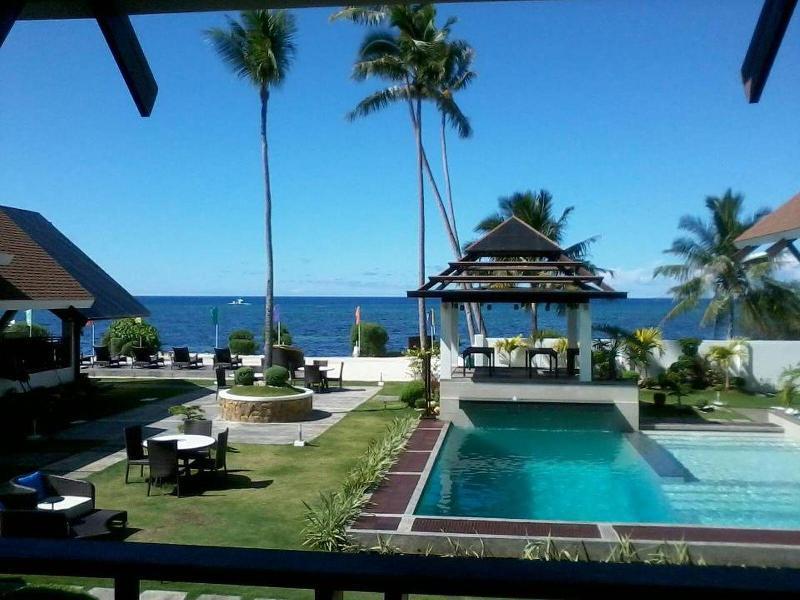 ダイブ スルー スクーバ リゾート (Dive Thru Scuba Resort)