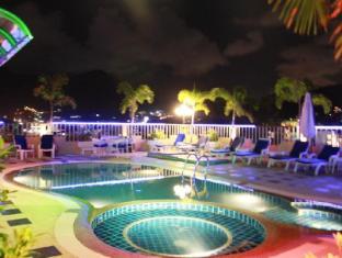Patong Hemingway's Hotel Puketas