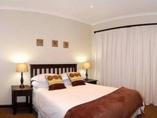 Lalapanzi Guest Lodge Port Elizabeth - Luxury Room