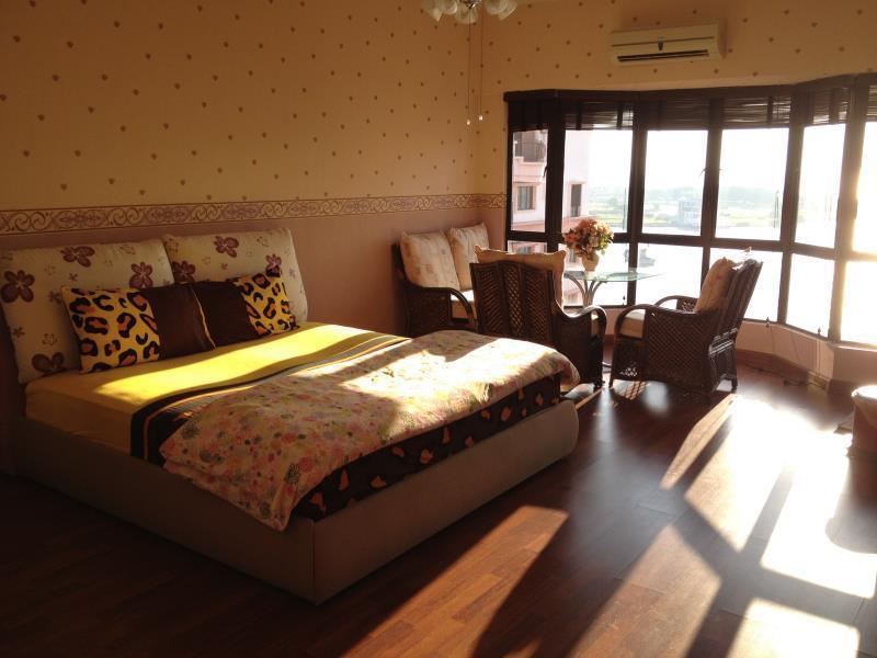 MC ホリディ アパートメント(MC Holiday Apartment @ Marina Court Resort Condominium)