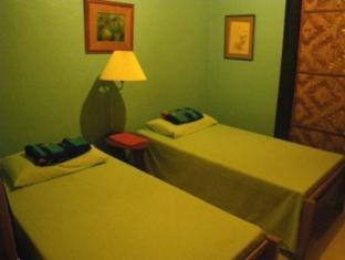 Maxima Resort Davao City - Guest Room-House above the Sea