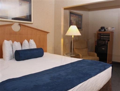 ➦  Vantage Hospitality    (New York) customer rating