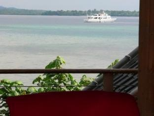 Isle of View Beach Resort And Guesthouse Bohol - Parveke/Terassi