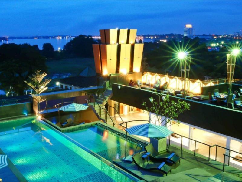 Rashmi's Plaza Hotel Vientiane1