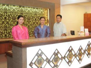 Mira de Polaris Hotel Laoag - Recepció