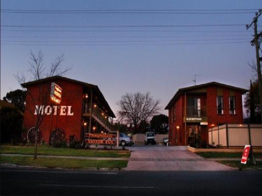 book Horsham hotels in Victoria without creditcard
