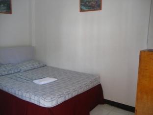 Ladaga Inn & Restaurant Bohol - Gæsteværelse