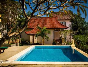 Beten Waru Bungalow and Restaurant Bali - Basen