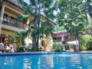 Alona Vida Beach Resort