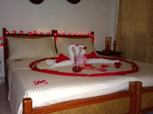 Alona Vida Beach Resort Panglao Island - Honeymoon