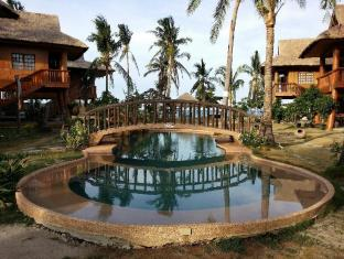 Hoyohoy Villas Bantayan Island - Swimming Pool