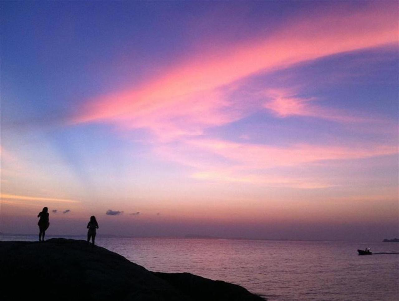 ไลท์เฮาส์ บังกะโล (Lighthouse Bungalows)