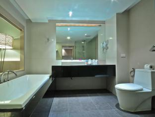 The ASHLEE Heights Patong Hotel & Suites Phuket - Salle de bain