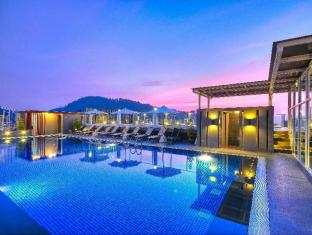 The ASHLEE Heights Patong Hotel & Suites Phuket - Basen