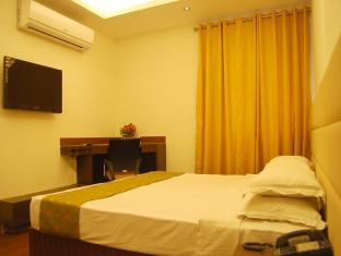 Hotel Asian International New Delhi and NCR - Deluxe Room