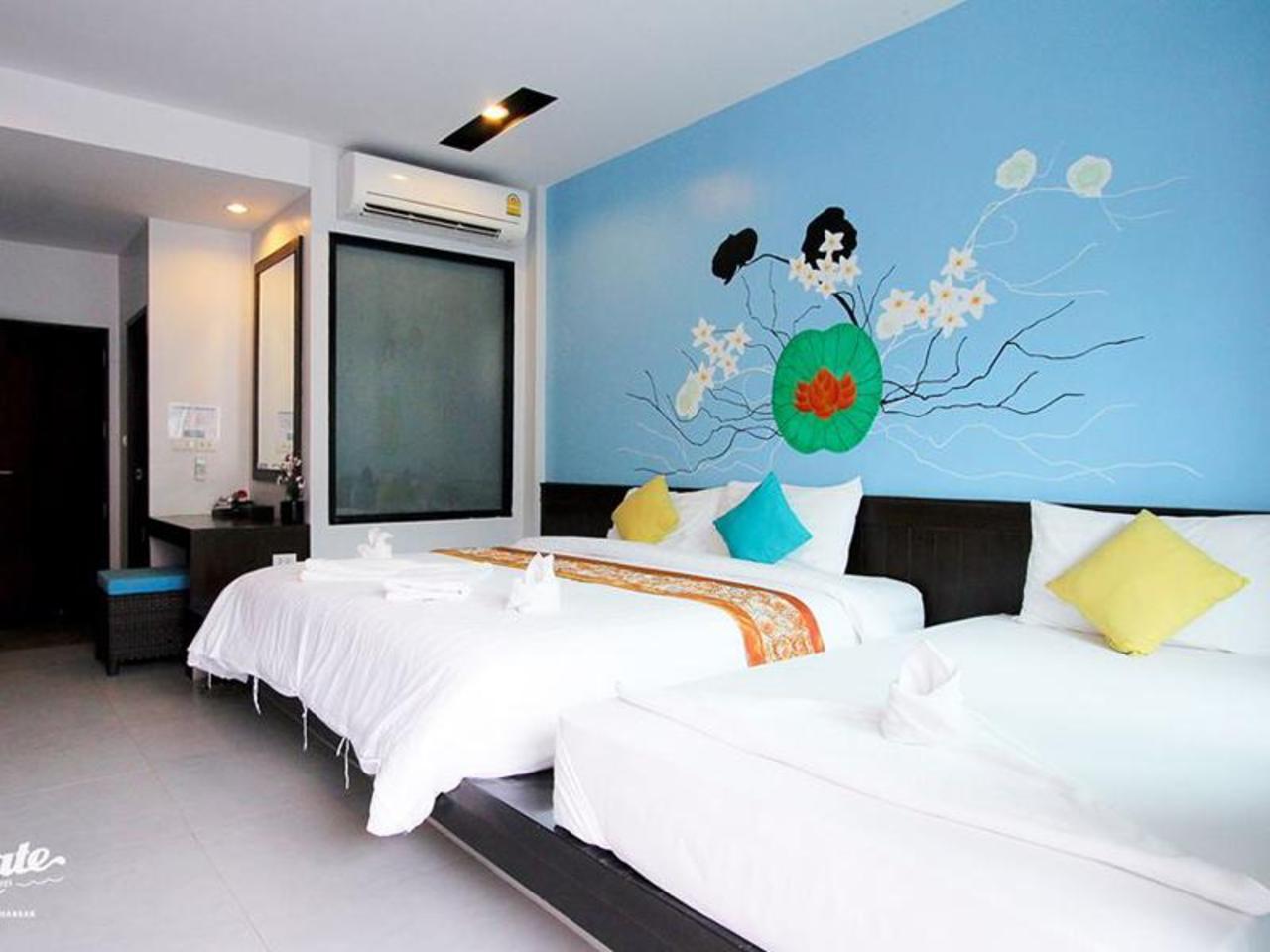 วี ทู ซีเกท ฮิป โฮเต็ฃ-โฮสเทล แมเนจ บาย ไอแวน (V2 Seagate Hip Hotel-Hostel managed by Ivan)