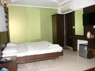 Delhi Heart Dx Hotel New Delhi and NCR - Deluxe Room