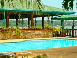 Villa Alzhun Tourist Inn and Restaurant Bohol - Uszoda