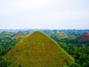 Villa Alzhun Tourist Inn and Restaurant Tagbilaran City - Surroundings - Chocolate Hills