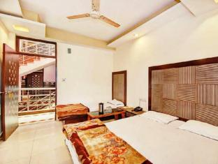 Hotel Star Villa New Delhi and NCR - Guest Room
